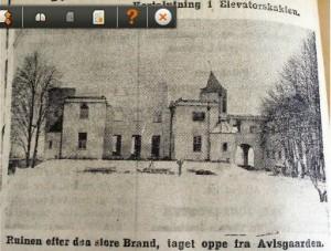 Sådan så ruinen ud efter den voldsomme brand. Udklip fra Frederiksborg Amts Avis omtale af katastrofen.